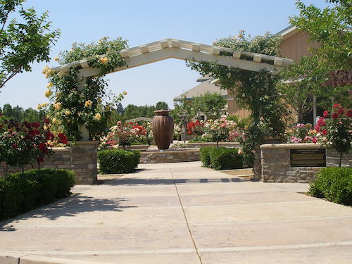 Adjacent To The South Natomas Library, This All Volunteer Garden Was Opened  For Public Use On May 28, 2008. The Garden Is Available For Weddings And  Outdoor ...